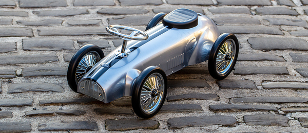 walter-george.com - Premium Children's Ride On Toy Car Ecommerce Business